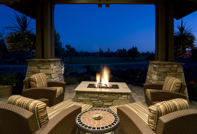 Fire Pits 101: How to Enjoy Your Fire Pit Safely