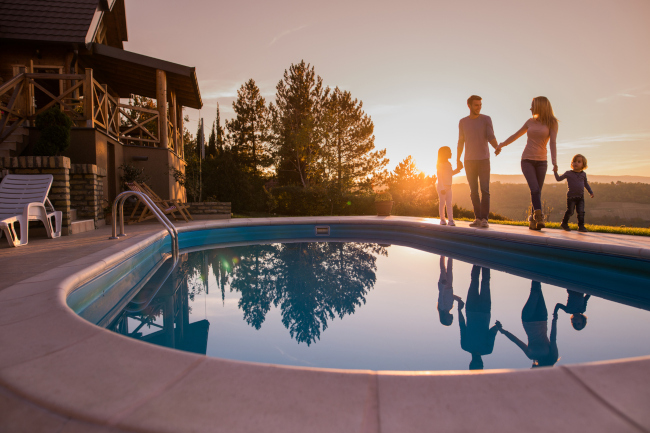 Popular Designs for Swimming Pools