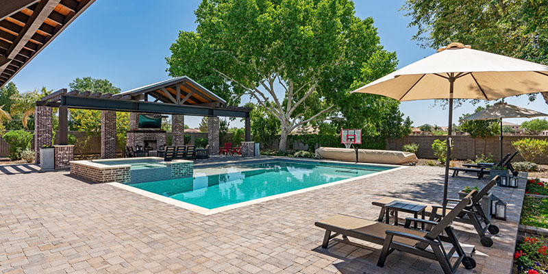 Custom swimming pools come with many advantages