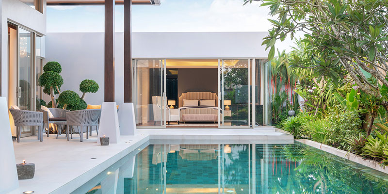 Expert Tips for Beautiful Pool Landscaping
