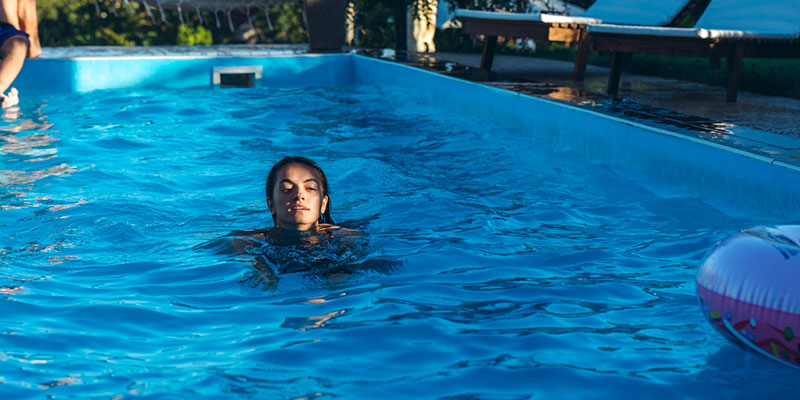 swimming pools provide a number of real health benefits
