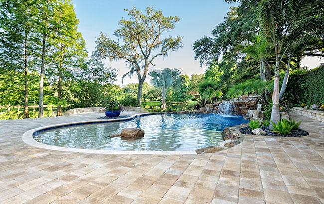 Should You Consider Custom Swimming Pools?