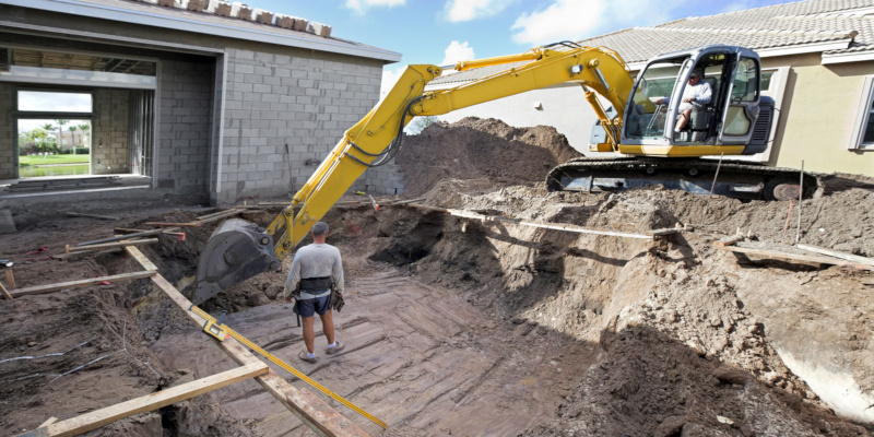 What are the Basic Steps in Swimming Pool Construction?