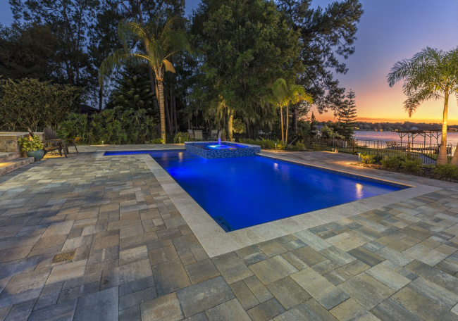 Custom Swimming Pools: What are the Newest Trends?